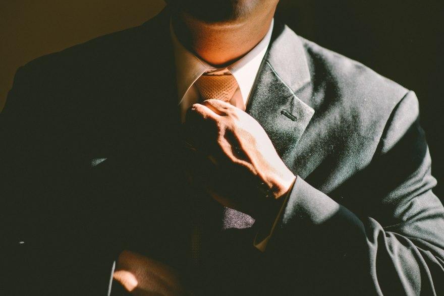 suit_businessman